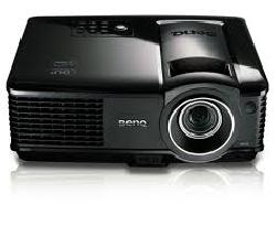 BenQ ra máy chiếu compact hỗ trợ 3D dịp cuối năm - Máy chiếu BenQ